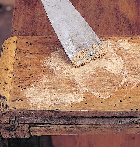 Naprawa drewnianych mebli