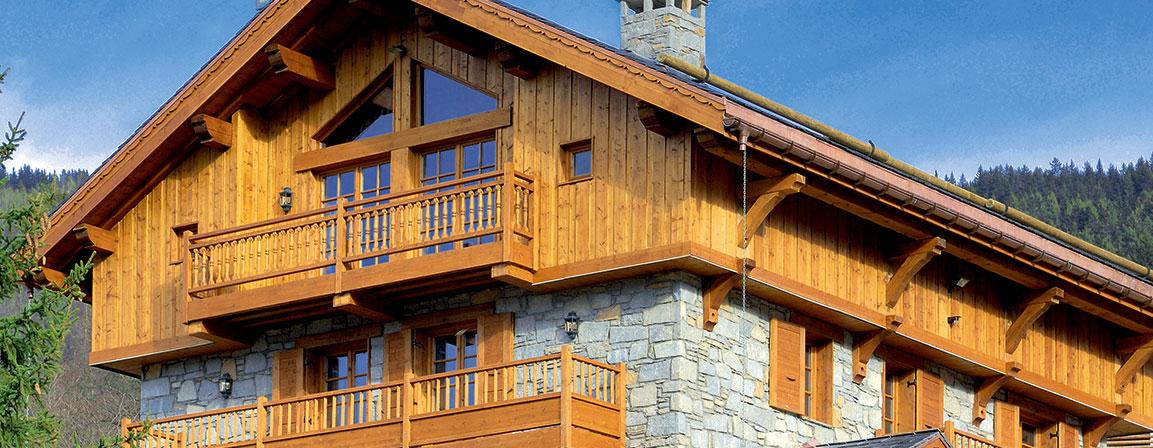 lazur drewniany dom